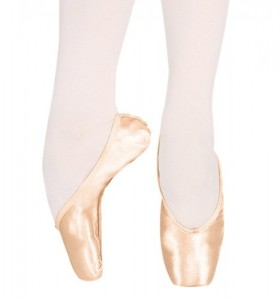 Chacott pointe shoes